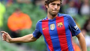 Barca phải trả Roberto về trung tâm