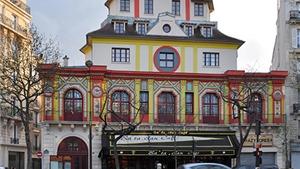 Nhà hát Bataclan 'hồi sinh' sau 1 năm vụ khủng bố ở Paris