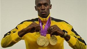 Usain Bolt tập luyện với Dortmund, chờ khoác áo... Man United