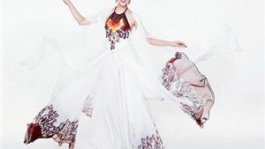Ngắm Hoa khôi cao 1,8m bay bổng với áo tứ thân ở Miss World