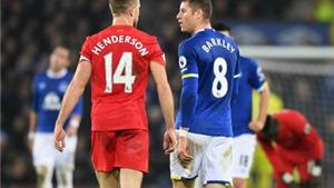 Đội trưởng Liverpool thoát nạn sau pha vào bóng KHỦNG KHIẾP của 'sao' Everton