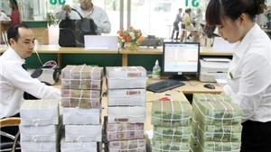 Khen thưởng tập thể và cá nhân tìm ra đối tượng tung tin đổi tiền