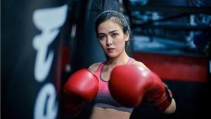 Hình ảnh không thể 'nóng' hơn của nữ nhân viên ngân hàng hóa thân võ sĩ boxing