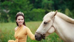 Sao mai Phạm Phương Thảo bị ngựa hất văng xuống đất