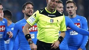 Napoli tố Juve được hưởng 2 quả penalty 'nhục nhã, làm hỏng bóng đá Italy'