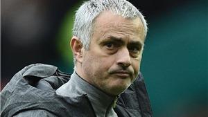 Sự thật về việc Mourinho cho Man United đá với sơ đồ 3-5-2