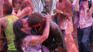 VIDEO: Lễ hội Holi thỏa sức cùng âm nhạc và bột màu