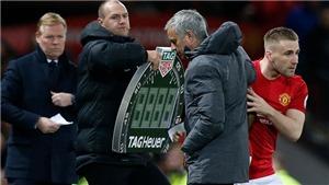 Sốc với lời chỉ trích 'Mourinho đang hành xử như một kẻ du côn'