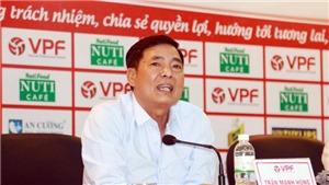 Chửi Phó ban trọng tài, 'sếp phó' VPF buộc phải từ chức