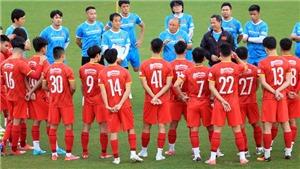 Tuyển Việt Nam lên đấu pháp đấu Trung Quốc