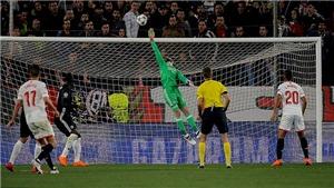 Cận cảnh pha cứu thua xuất thần của De Gea trước Sevilla