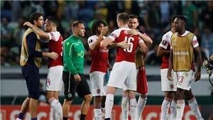 Video Sporting 0-1 Arsenal: Welbeck giúp Pháo thủ nối dài mạch chiến thắng