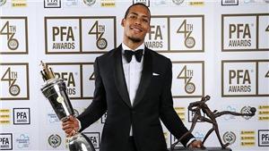 CHÙM ẢNH: Van Dijk rạng rỡ khi vượt qua Sterling, nhận giải Cầu thủ xuất sắc nhất năm của PFA