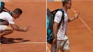 Sao tennis nhờ CĐV phân định tình huống thắng thua trên mạng xã hội