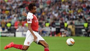 Chelsea 4-1 Arsenal: Iwobi gây sốt với siêu phẩm vuốt má từ ngoài vòng cấm vào lưới Kepa