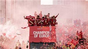Liverpool cùng 750.000 CĐV nhuộm đỏ Merseyside trong lễ rước cúp Champions League