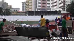 VIDEO: SEA Games sắp khai mạc, sân bóng chính thức vẫn ngổn ngang