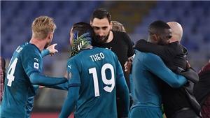 Roma 1-2 AC Milan: Thắng kịch tính Roma, Milan quyết bám đuổi Inter