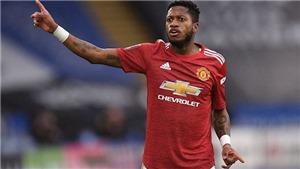 CĐV MU đòi bán ngay Fred sau trận thua Leicester ở FA Cup