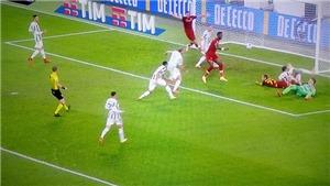 Mourinho phàn nàn khi trọng tài ngăn cản Roma ghi bàn vào lưới Juventus