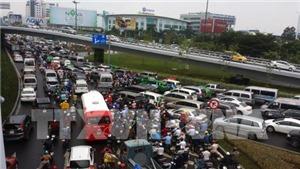 TP HCM sẽ dừng hoạt động xe tải vào ban ngày để giảm kẹt xe