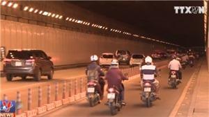 VIDEO: Chấm dứt việc trú mưa trong hầm vượt sông Sài Gòn