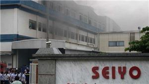 Huy động hàng trăm chiến sĩ dập tắt vụ cháy tại Khu Công nghiệp Quế Võ 1, Bắc Ninh