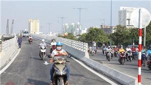 Thông xe nhánh cầu vượt Nguyễn Tri Phương giải tỏa ách tắc