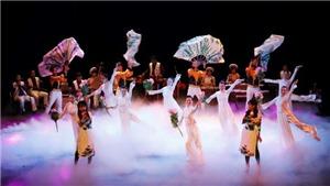 Tour tham quan Nhà hát Lớn: hay, nhưng nên 'chỉnh' lại giá vé