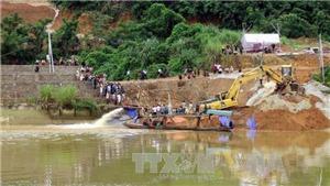 Vụ sập cầu ở Tuyên Quang: Tìm thấy thi thể hai nạn nhân bị vùi lấp