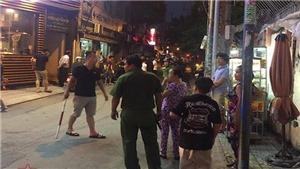 Nổ súng khống chế kẻ dùng hung khí đe dọa cảnh sát