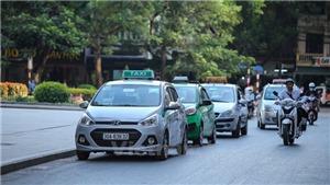 Hàng nghìn xe taxi có nguy cơ 'đắp chiếu' để... chờ