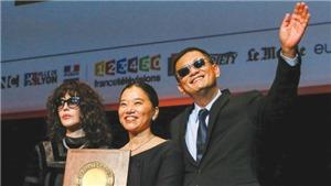 Vương Gia Vệ nhận giải Thành tựu trọn đời: 'Làm việc và làm những bộ phim mà mình muốn'