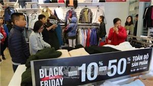 Nhộn nhịp không khí mua hàng tại Hà Nội ngày Black Friday