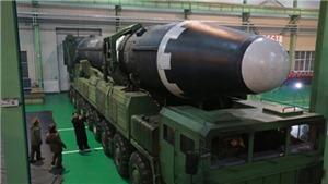 Triều Tiên công bố hình ảnh tên lửa Hwasong-15 vừa phóng, Liên hợp quốc họp khẩn
