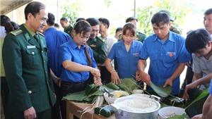 'Tết ấm biên cương' tại xã vùng biên Tam Hợp, huyện Tương Dương, Nghệ An