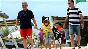Elton John tuyên bố sẽ ngừng lưu diễn: 'Tôi từng cận kề cái chết'