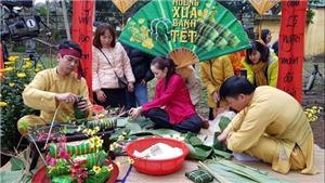 Nghi lễ dựng cây Nêu ngày Tết, gói bánh tét tại Đại Nội Huế