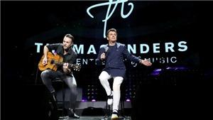 Modern Talking live concert: Nhà hát 'vỡ trận' vì khán giả 'trở lại tuổi thanh xuân'