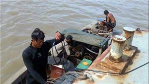 Khẩn trương tìm kiếm 2 người mất tích trên sông Sài Gòn