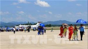 Đón chuyến bay đầu tiên hạ cánh tại sân bay Vân Đồn