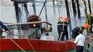 Nghệ An: Vụ cháy tàu cá gây thiệt hại trên 10 tỷ đồng