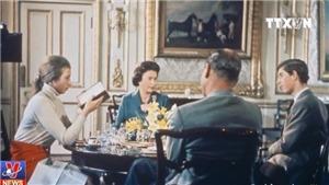 Thước phim hiếm về cuộc sống gia đình Hoàng gia Anh