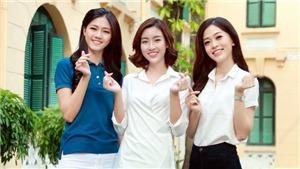 Hoa hậu Mỹ Linh, Á hậu Phương Nga, Thanh Tú tặng quà bệnh nhi ở Hà Nội