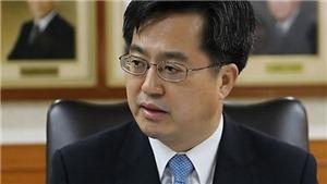 Tổng thống Hàn Quốc Moon Jae-in cách chức Bộ trưởng Tài chính