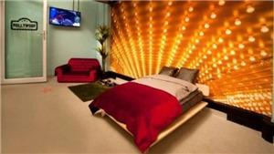 'Cháy phòng' tại khách sạn thú cưng lớn nhất thế giới ngày ra mắt