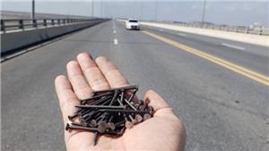 Thư gửi robot Citizen: Cái đinh, cây cầu, ổ gà và con đường