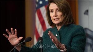 Mỹ: Chủ tịch Hạ viện yêu cầu Tổng thống hoãn đọc thông điệp liên bang