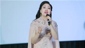 Sao Mai Huyền Trang 'trở lại' showbiz Việt sau thời gian lấy chồng, sinh con