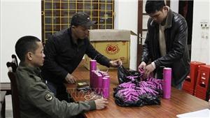 Nghệ An: Bắt vụ vận chuyển pháo nổ từ biên giới vào nội địa